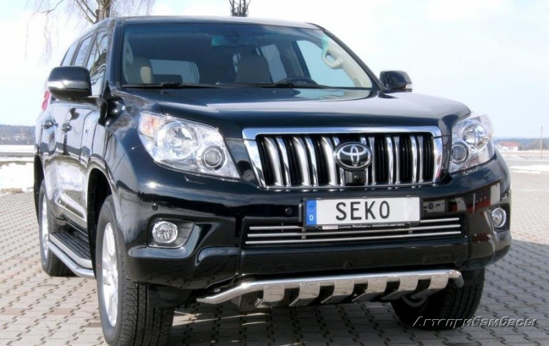 Toyota Land Cruiser Prado 150 2009-2013 Решётка бампера
